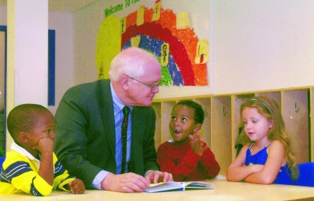 David Lawrence Jr. reading to 4-year-olds