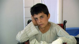 nn_mad_ren_afghanboy_140429.nbcnews-video-reststate-640