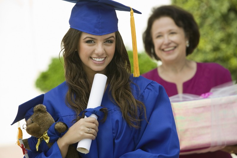 Do You Plan to Help Your Grandchildren With College Expenses?