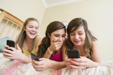 Should You Talk With Your Grandkids About Sexting?