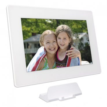 Sharing Grand Pics : PhotoSpring Digital Photo Frame