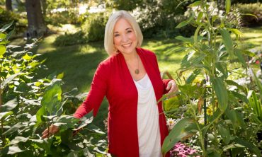 Christiane Northrup, M.D. Helping Women Live The Next Exciting Chapter