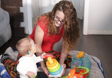 First Study to Examine Cognitive Development in Deaf Babies