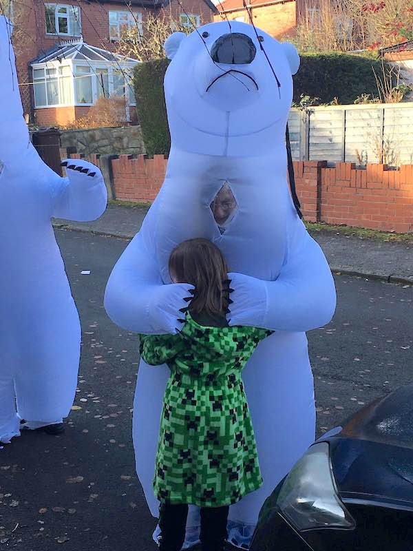 Creative Grandparents Finally Get To Hug Grandchildren